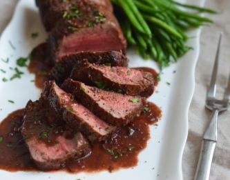 beef filet with wine sauce